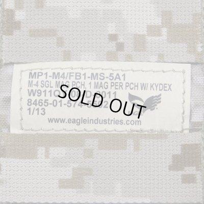 """画像4: 【米軍実物】EAGLE社製 M4 マガジンポーチ カイデックス """"AOR1"""" 〈軍放出品〉"""